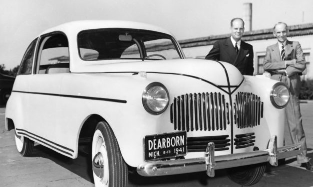 Henry Ford Invented a Hemp Car that ran on Hemp Fuel 76 Years Ago